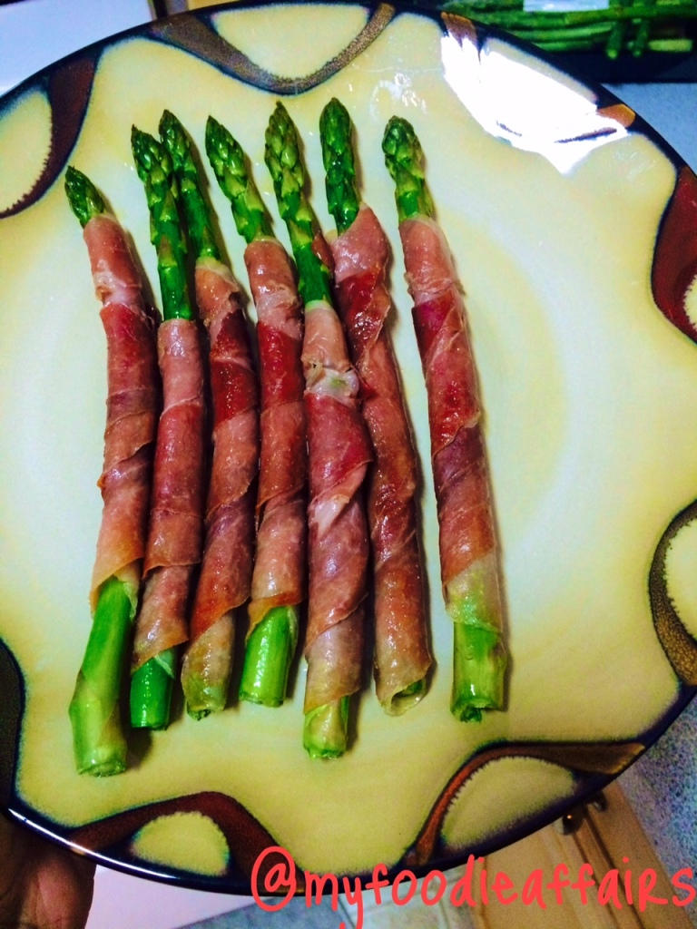 Prosciutto Wrapped Asparagus 1